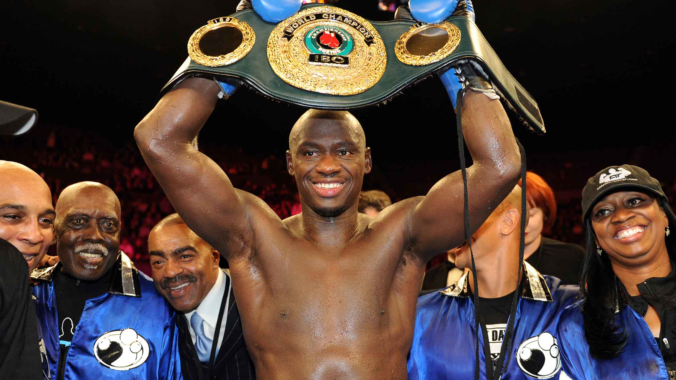 Antonio Tarver's load lightened by step up to heavyweight
