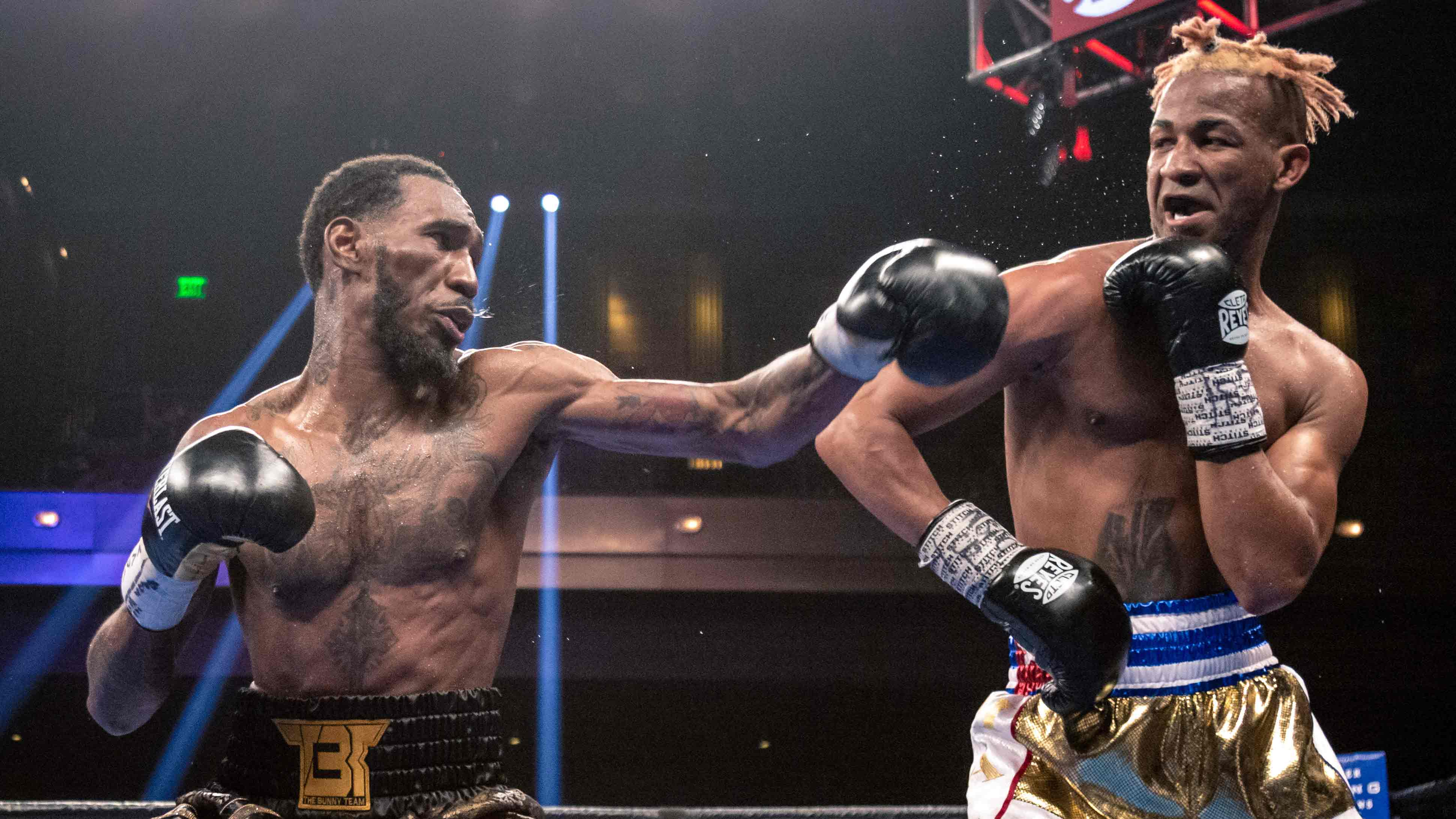 Alexis Texas Boxing easter vs. barthelemy ends in split draw