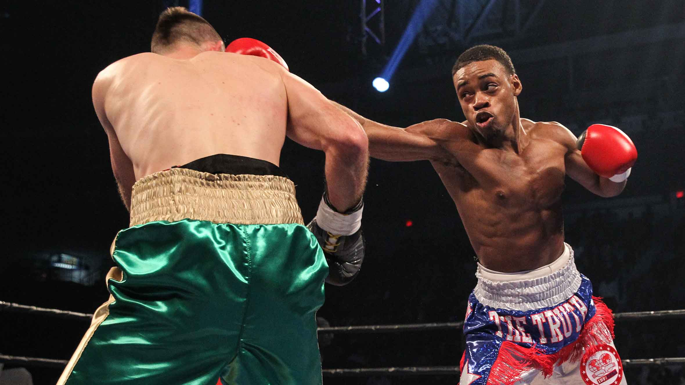 spence soaring as a pro after closing amateur career with olympic downer