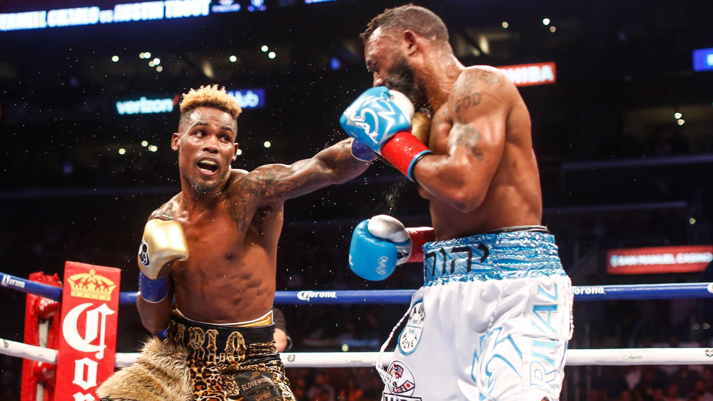 Jermell Charlo retains 154-pound crown with win over Austin Trout