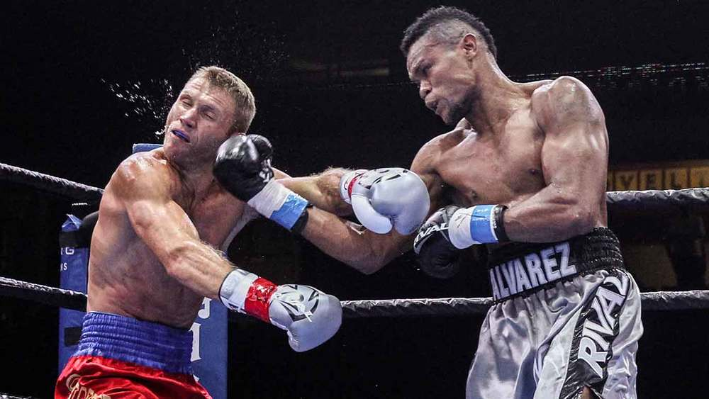 Eleider Alvarez (right) vs Anatoliy Dudchenko, June 12, Chicago