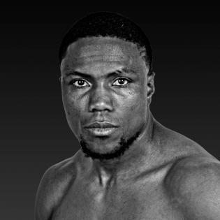 Roamer Alexis Angulo fighter profile