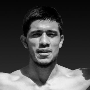 Luke Santamaria fighter profile