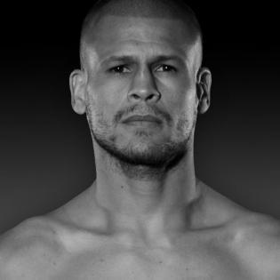 Luis Cruz fighter profile