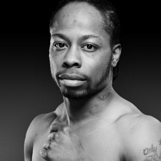 Rau'shee Warren fighter profile
