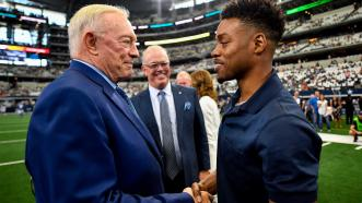 Errol Spence Jr. welcomed at Dallas Cowboys and SMU Mustangs football games
