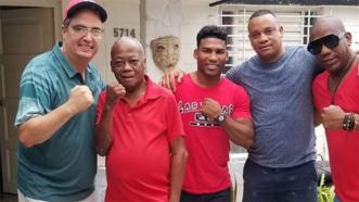 Camp Life With ... Yuriorkis Gamboa