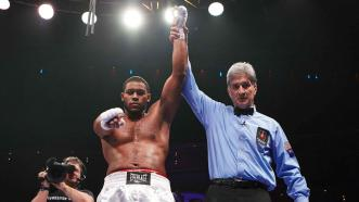 Michael Hunter making moves in the heavyweight division