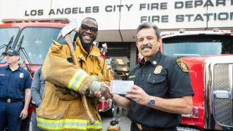 Wilder and Fury invite Southern California firefighters to Saturday