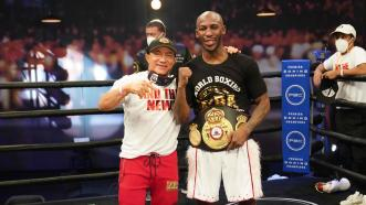 Yordenis Ugas Outpoints Abel Ramos to Become World Champion
