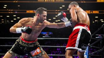 Jacobs vs Mora full fight: August 1, 2015