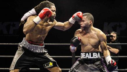 Douglas vs De Alba full fight: December 29, 2015