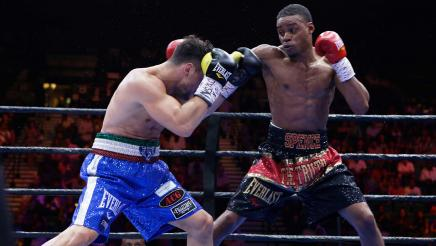 Spence vs Lo Greco full fight: June 20, 2015