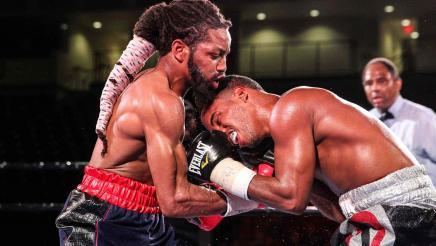 Douglas vs Santos full fight: September 15, 2015
