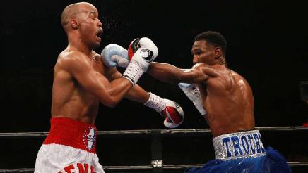 Easter Jr. vs Mendez full fight: April 1, 2016