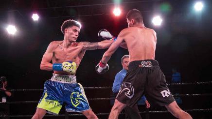 Galarza vs Valenzuela Highlights: September 27, 2016