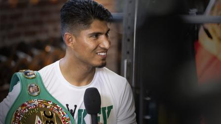 Mikey Garcia talks 135-lb unification bout and possible move to welterweight