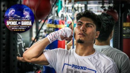 Mikey Garcia in the gym preparing for Errol Spence Jr.
