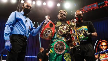 The Moment Jermell Charlo Became an Unified Super Welterweight World Champion